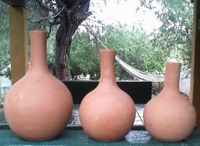 Ollitas Sol, an ingenious irrigation method